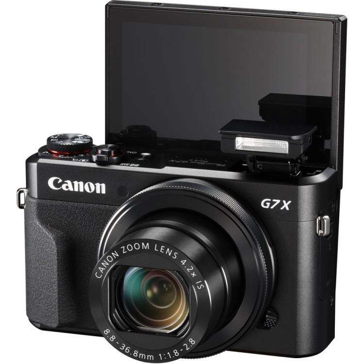 комплексный цифровой фотоаппарат сони или кэнон